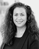 Dozentin Prof. Dr. Dipl.-Volkswirtin Regina Schwab
